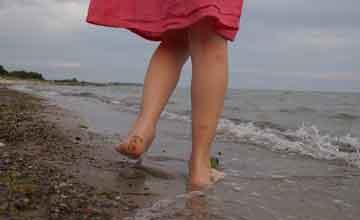 Soñar con caminar descalzo