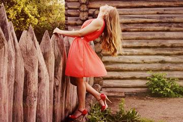 Soñar con vestido rojo