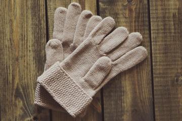 Soñar con guantes