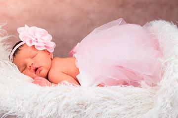 soñar con bebé niña